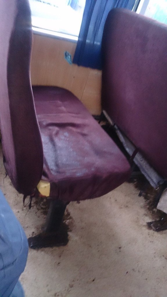 В суровых николаевских маршрутках пассажиры открывают зонты (ФОТОФАКТ) (фото) - фото 2