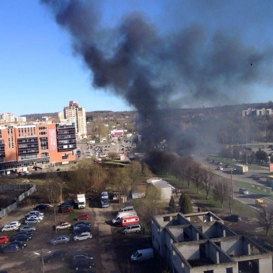 Тролейбус, який палав сьогодні зранку, був в експлуатації 27 років (ФОТОРЕПОРТАЖ,ВІДЕО), фото-5