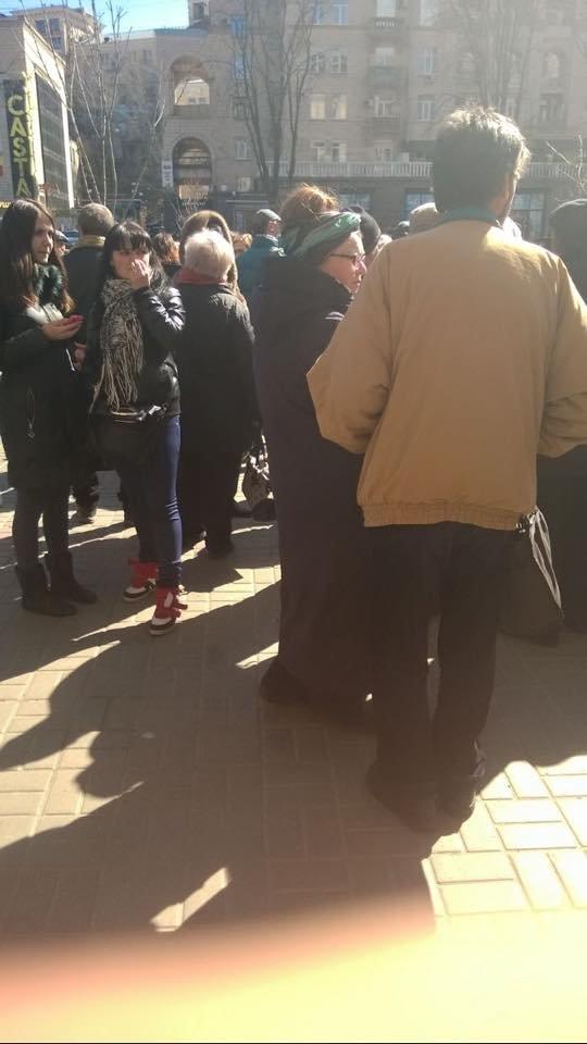 """В Киеве депутат Киевсовета """"подработал"""" на проплаченном митинге (ФОТО) (фото) - фото 2"""