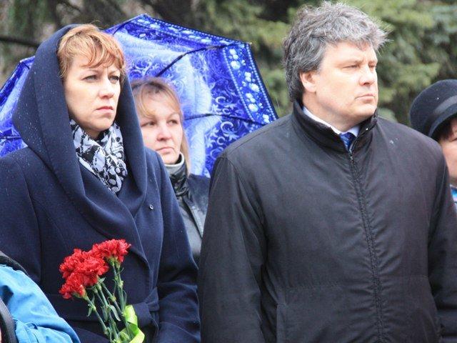 Макеевчане почтили память узников фашистских лагерей (фото) - фото 2