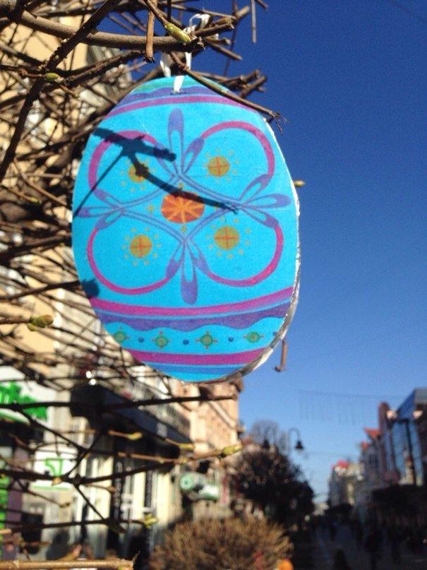 У Франківську на «стометрівці» ростуть писанки (ФОТОФАКТ), фото-8