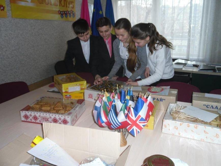 Учащиеся днепродзержинского УВО-лицея НИТ собрали пасхальные подарки для бойцов АТО, фото-5