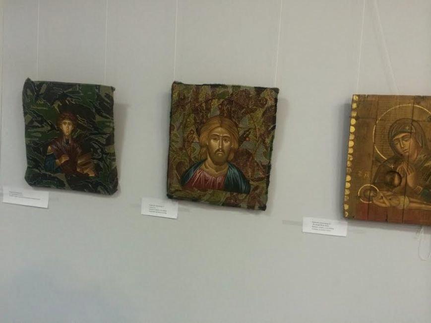 В Мариуполе с молотка хотели продать иконы, написанные  на дощечках  от патронов( ФОТО) (фото) - фото 4