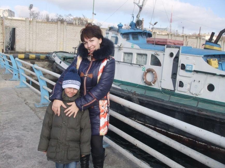 Пережив боевые действия на Востоке Украины, семья кинологов-пенитенциариев с Луганщины продолжает свой жизненный путь на Херсонщине (фото) - фото 1