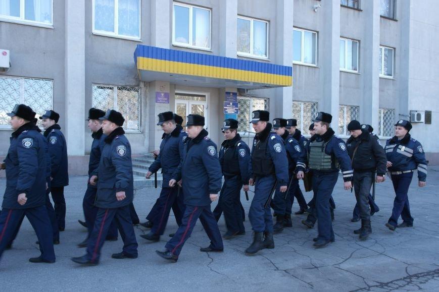 В Красноармейске показательный развод горотдела милиции станет традиционным (ФОТО, ВИДЕО) (фото) - фото 8