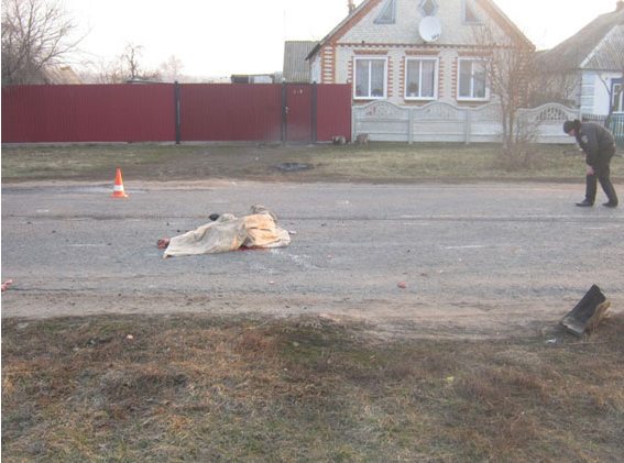 На Сумщине милиция разыскивают виновника смертельного ДТП (ФОТО) (фото) - фото 1