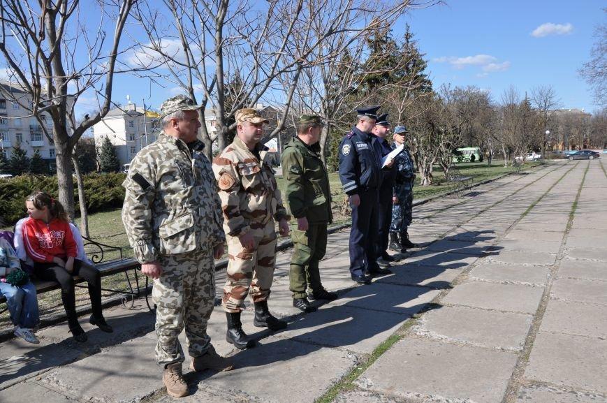 На центральной площади Краматорска прошел развод личного состава горотдела, фото-1