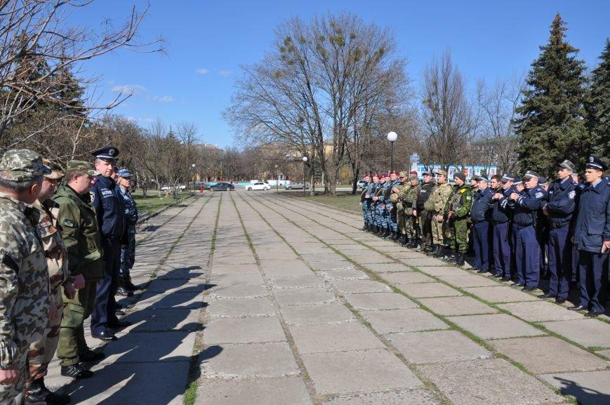 На центральной площади Краматорска прошел развод личного состава горотдела, фото-2