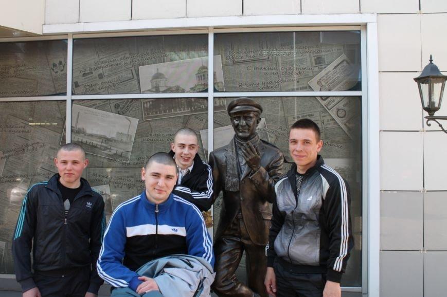 Самые примерные осуждённые Кременчугской воспитательной колонии были награждены посещением 3D-кинотеатра, фото-2