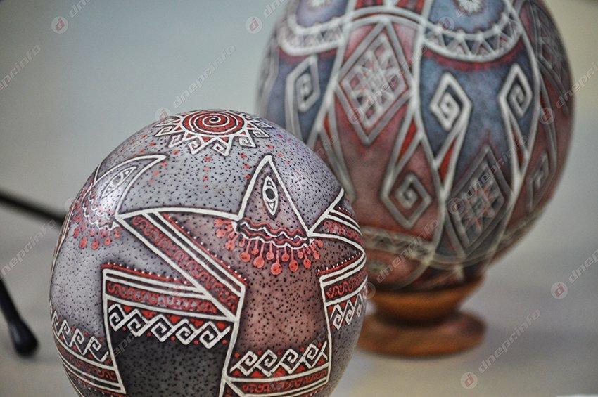Днепропетровцам рассказали, что означают символы на писанках (ФОТО) (фото) - фото 1