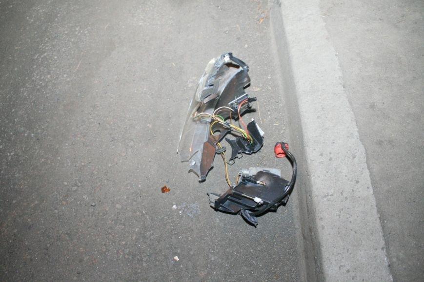 В Кременчуге ночные гонки по Пролетарской закончились аварией (ФОТО), фото-7