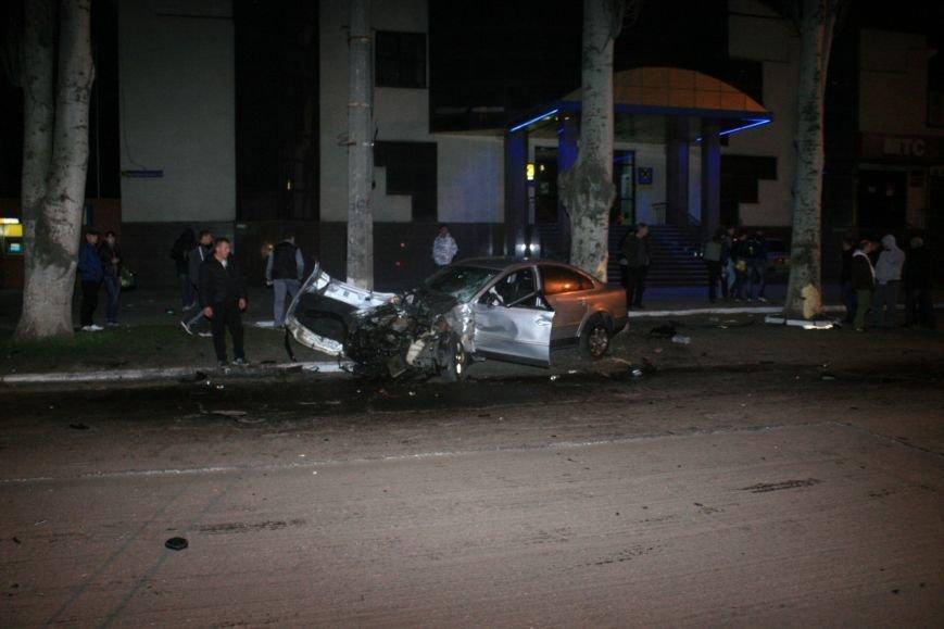 В Кременчуге ночные гонки по Пролетарской закончились аварией (ФОТО), фото-8