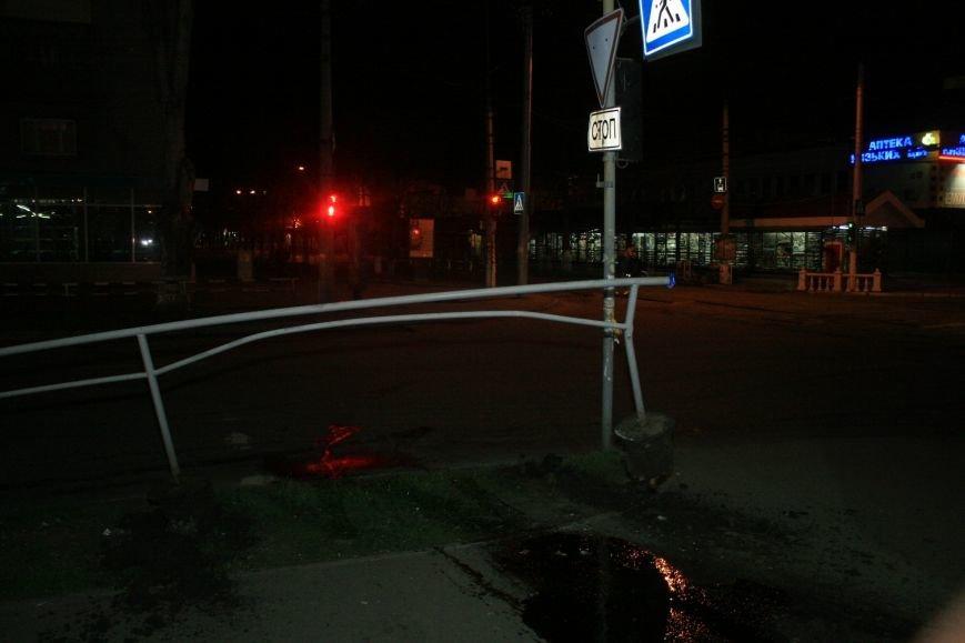 В Кременчуге ночные гонки по Пролетарской закончились аварией (ФОТО), фото-4