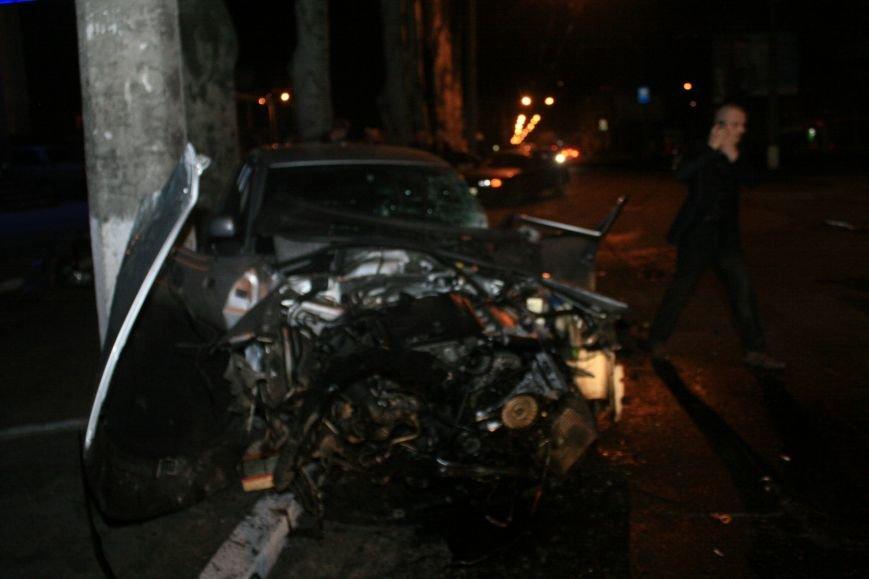 В Кременчуге ночные гонки по Пролетарской закончились аварией (ФОТО), фото-3