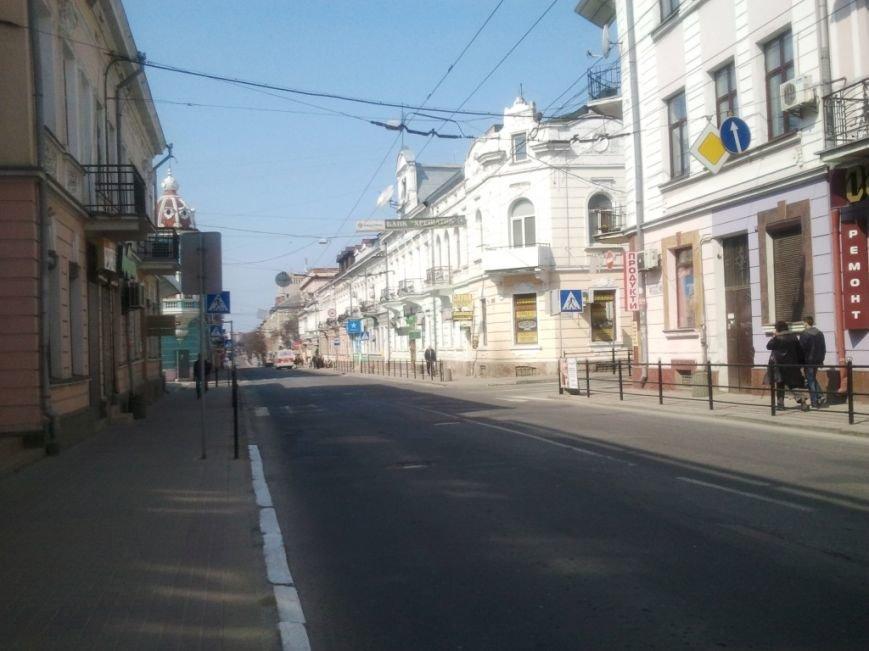 Порожні вулиці і переповнені храми: як тернополяни святкують Великдень? (фото) - фото 1