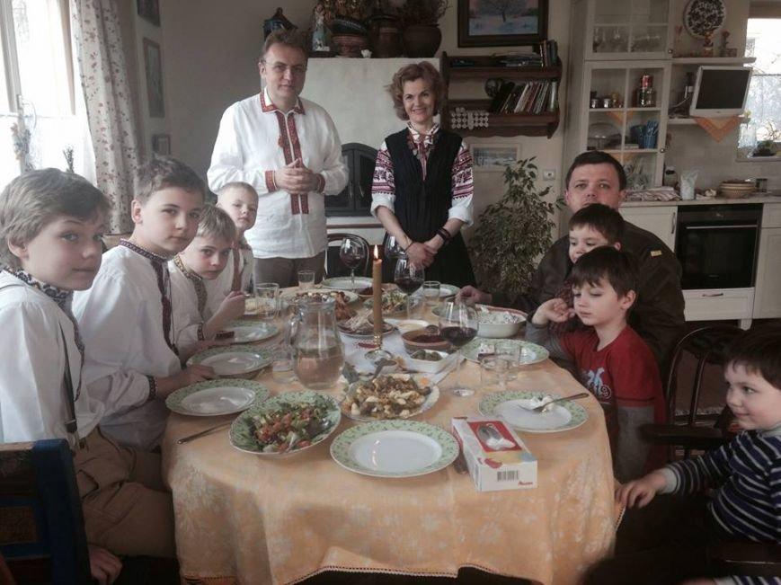 Семен Семенченко разом із родиною прийшов на Великодній сніданок до мера Львова (ФОТО), фото-1