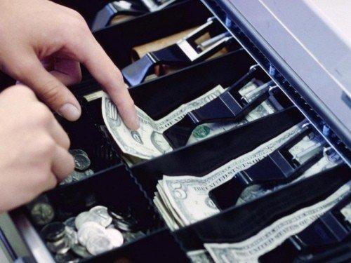 Думка Рівненського ТВ АППУ: для зменшення тіньового обігу касові апарати необхідно встановлювати, фото-1
