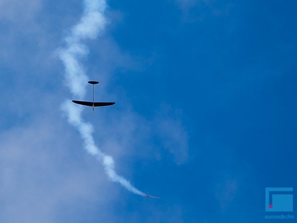 Под Гродно День Космонавтики отметили запуском самолетов и ракет (фото) - фото 4