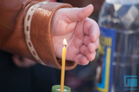 В Гродно православные освещали яйца, булки и деньги (фото) - фото 5