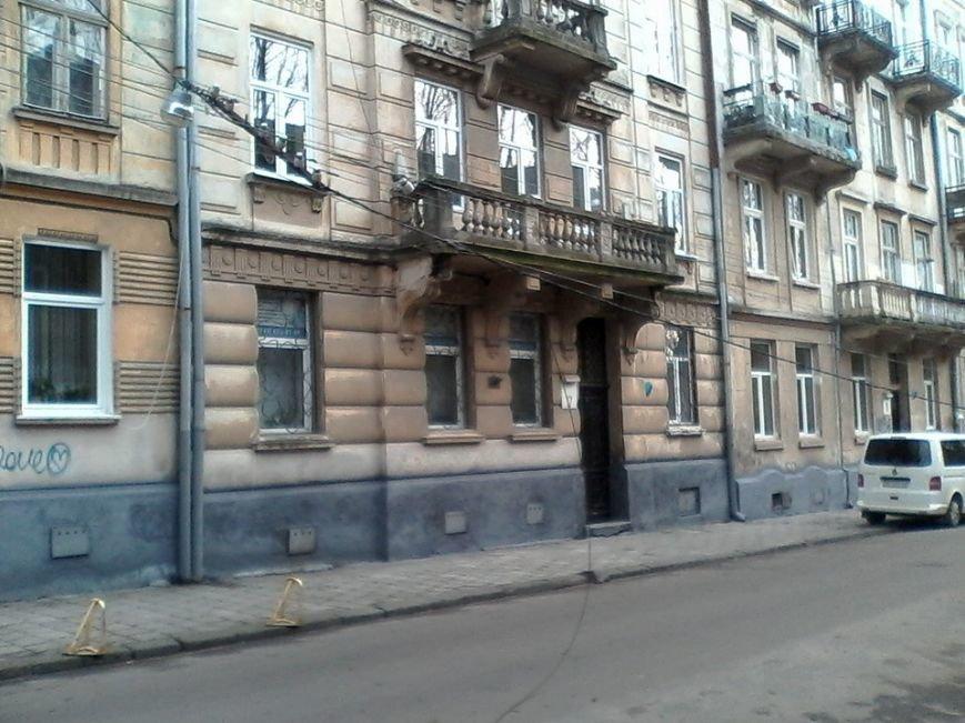 У Львові сильний вітер обірвав дроти (ФОТО), фото-2