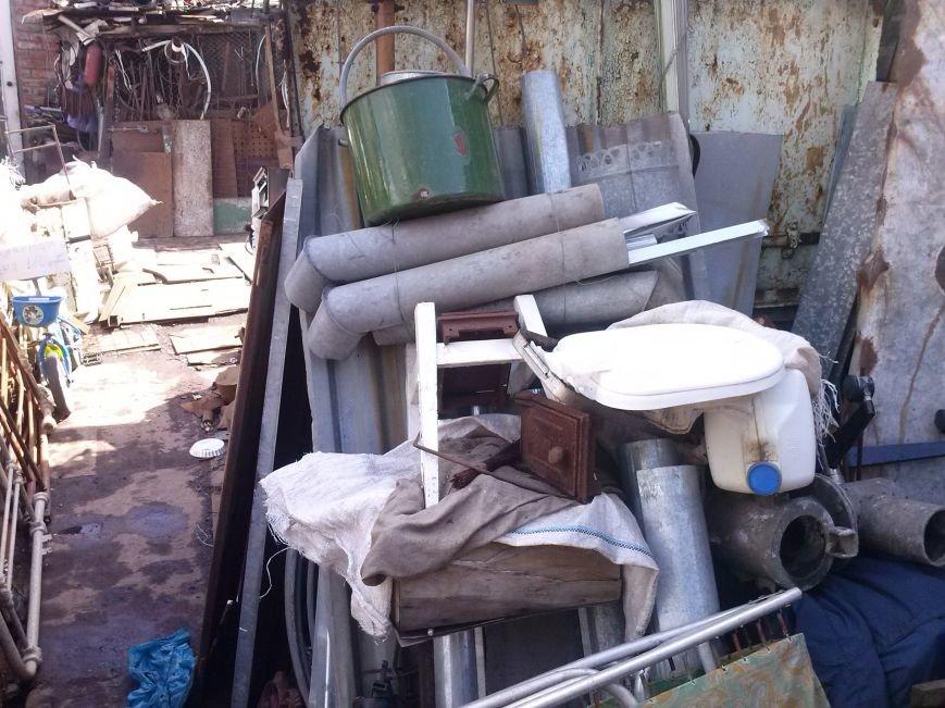 В Артемовске милиция изъяла 4 тонны незаконного металлолома и боеприпасы, фото-2