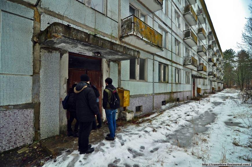 Блогеры посетили заброшенный город в Черниговской области (фото) - фото 5