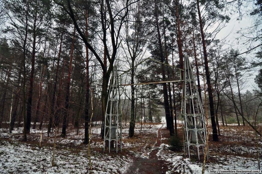 Блогеры посетили заброшенный город в Черниговской области (фото) - фото 12