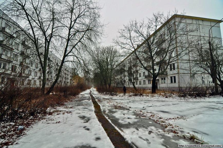 Блогеры посетили заброшенный город в Черниговской области (фото) - фото 3