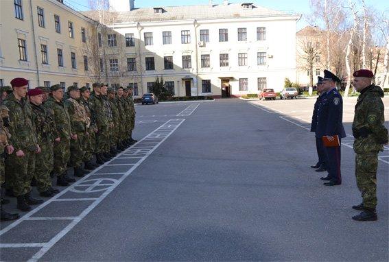 50 правоохоронців у складі зведеного загону УМВС Кіровоградщини вирушили на Схід країни (фото) - фото 1
