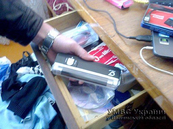 Волинські оперативники викрили двох наркоторговців (ФОТО) (фото) - фото 1