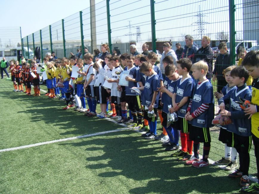 Димитровские юные футболисты привезли кубок турнира за 3-е место (ФОТО) (фото) - фото 5