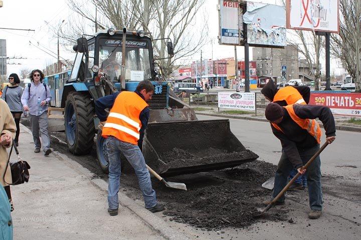 До поминальных дней в Николаеве отремонтируют основные дороги (ФОТО) (фото) - фото 7