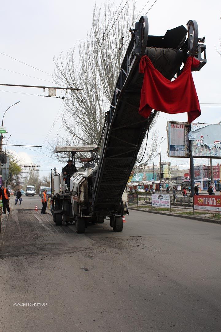 До поминальных дней в Николаеве отремонтируют основные дороги (ФОТО) (фото) - фото 2