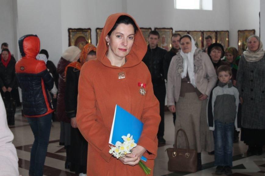 Волонтер Херсонщины награждена орденом Украинской Православной Церкви, фото-1