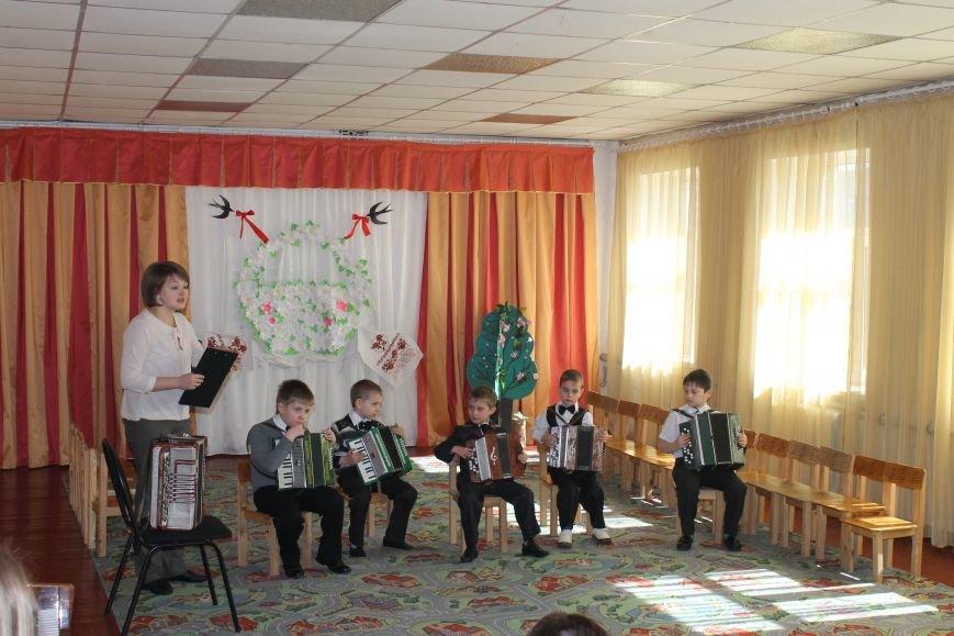 Маленькие музыканты Белицкого посетили с концертом Новодонецкое, фото-2
