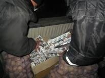 Херсонец пытался контрабандой вывезти сигареты в Крым (фото) - фото 1