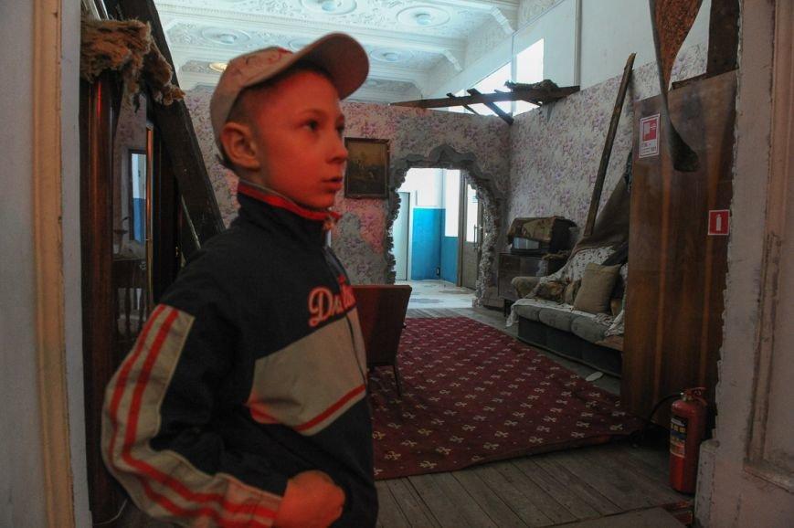 В Москве открылась скандальная выставка, посвященная годовщине войны на Донбассе (фото) - фото 10