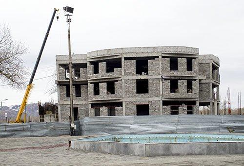 Пермитина 2 Административное здание и кафе