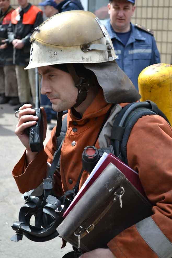 В Кривом Роге спасатели искали пострадавшего в задымленном помещении  (ФОТО) (фото) - фото 1