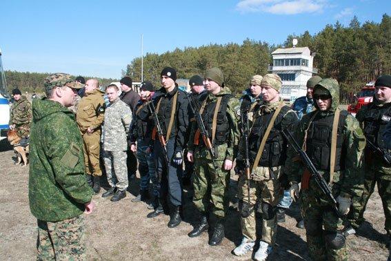Перед отправкой на Донбасс черниговские милиционеры учатся метко стрелять (фото) - фото 1