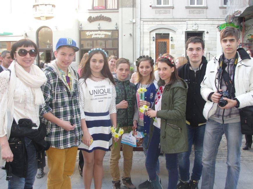 Дети мариупольских патриотов привезли из Львова паски (ФОТО) (фото) - фото 2
