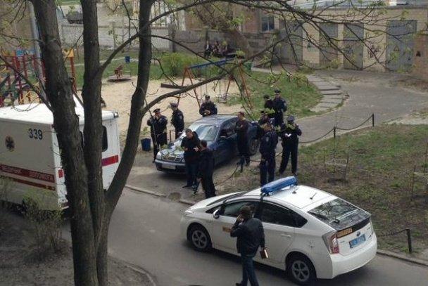 Журналіста Олеся Бузину, який працював на російську пропаганду, застрелили біля його ж будинку (фото) - фото 1