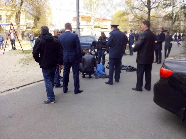 В Киеве убили скандального журналиста Олеся Бузину (ФОТО) (фото) - фото 1