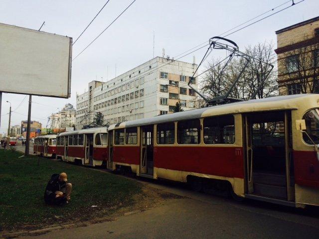 В Киеве въехал в грузовик, перевозивший хлеб (ФОТО) (фото) - фото 1