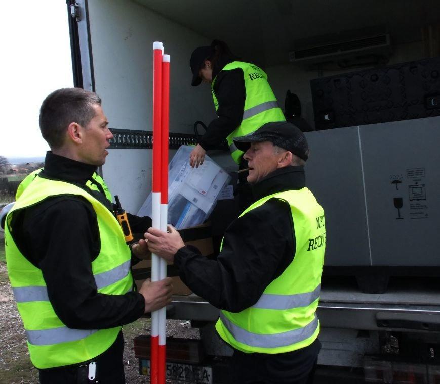 Международные эксперты прибыли на место крушения «Боинга» в Донецкой области (ФОТО) (фото) - фото 1