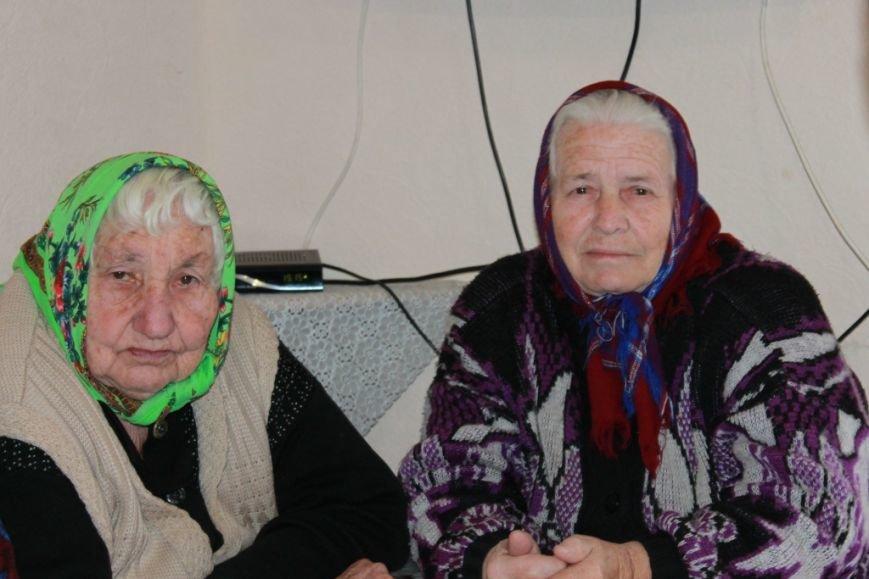 Праздник для ветеранов дома «Добрые сердца» с. Старченково (фото) - фото 1