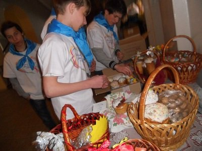 В Макеевском политехническом колледже состоялась выставка пасхальных композиций (фото) - фото 1