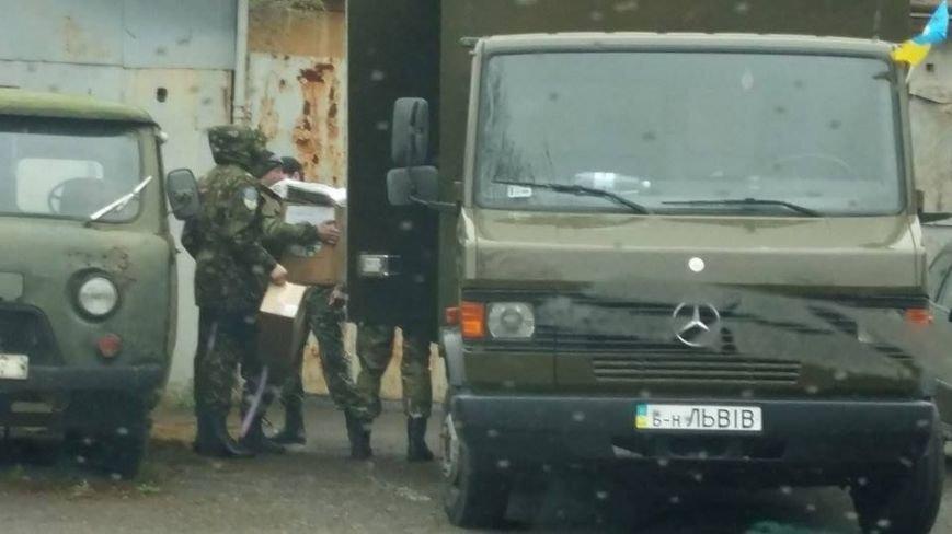 Львівські монахи передали медичну допомогу в зону бойових дій (ФОТО), фото-2
