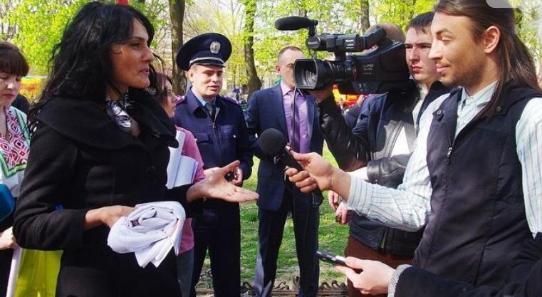 В Одессе известные стриптизеры провели сепаратистскую акцию (+ФОТО) (фото) - фото 1