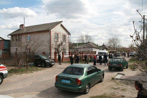 Милиция отчиталась о раскрытии зверского убийства в Чернигове (фото) - фото 1